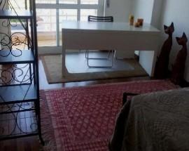 Quarto com varanda zona Sintra