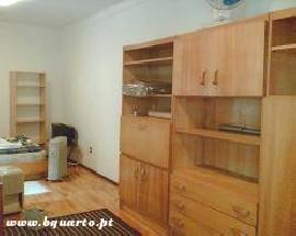 Alugo quarto anexo duma vivenda em Belem