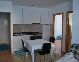 Arrendo quarto individual mobilado no centro de Aveiro