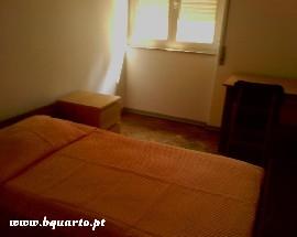 Alugo 2 quartos individuais a estudantes em Coimbra Celas