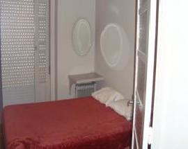 Apartamento com quartos totalmente mobilados no centro do Porto