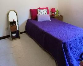 Arrendo bom quarto individual em Coimbra