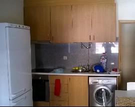 Tenho para arrendamento pequeno apartamento T1 em Odivelas