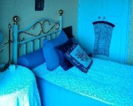 Alugo um quarto com varanda e wc privativo em Lisboa