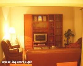 Arrendo quarto individual em apartamento T3 Coimbra