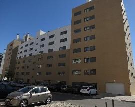 Alugo quarto em Lisboa perto da Expo Parque das Nacoes