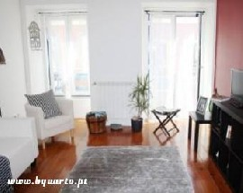 Looking for a person to live with me in Lisbon Santos