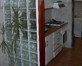 Alugo quarto com terraco Faro Centro