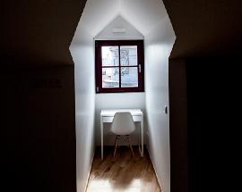 Alugo quartos numa residencia de estudantes na baixa