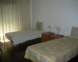 Arrendo um quarto em Leiria