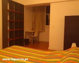 Alugo quarto grande em Lisboa casa nova e equipada