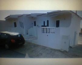 Quarto mobilado em casa equipada zona Albufeira