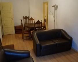 Dois quartos para arrendar em T3 independente em Coimbra