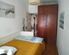 Tenho quarto individual para alugar em Lisboa Luz