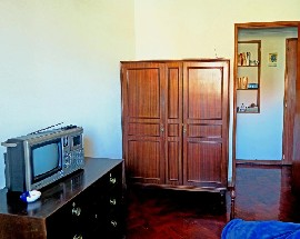 Quarto individual com wc privativo no Porto
