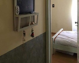 Room spacious and bright with a double bed in Sintra