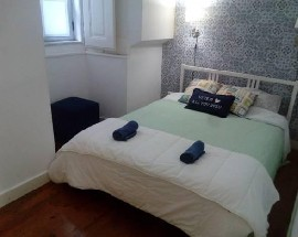 Room to rent in Lisbon Santa Apolonia