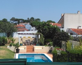 2 Rooms to rent a student in Estoril