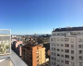 Quarto apartamento de luxo wc e varanda privada Porto centro
