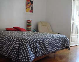 Room Lisbon 5 min walk to Zoo metro station