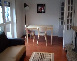 Room in a renovated apartment in Braga near the university