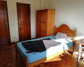 One room with private bathroom near by Gualtar Campus