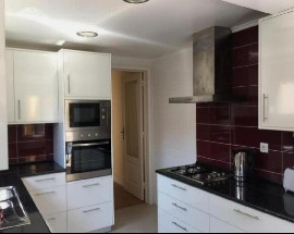 Rooms to rent in a recently renovated sunny apartment